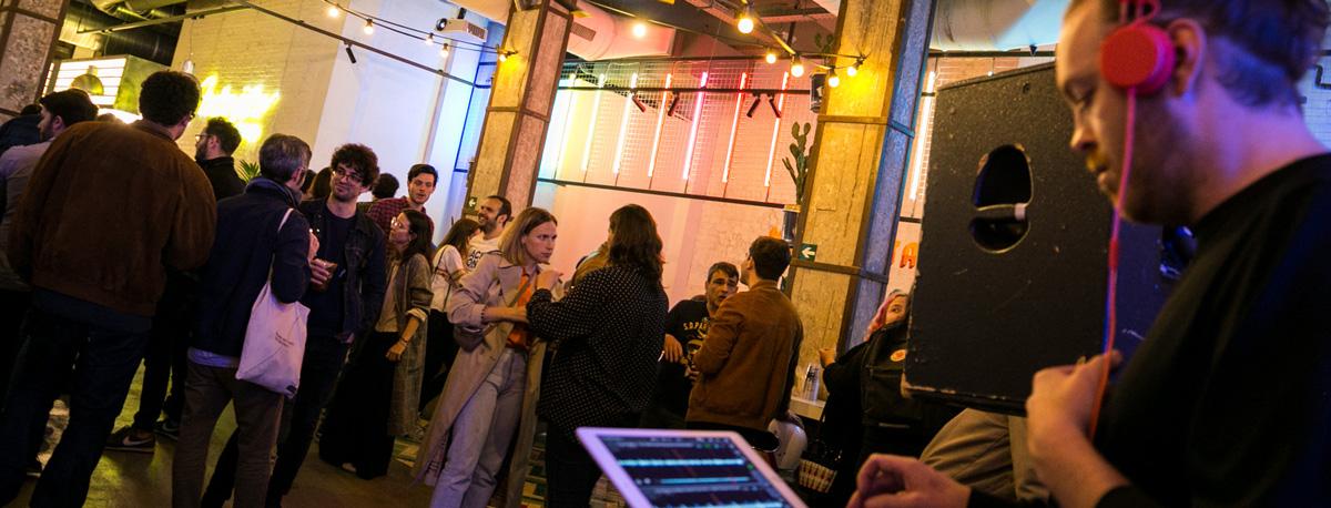 Fiesta en Bar
